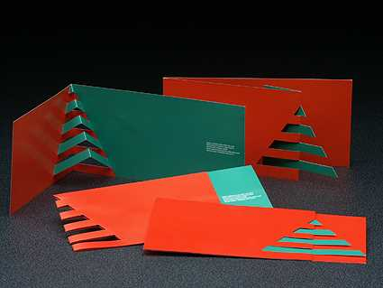 This 3D pop-out tree christmas tree card by designer Giovanni Russo is a lesson in subtelty and elegance.