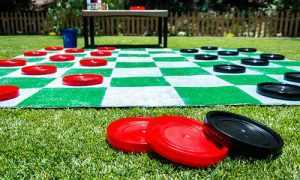 Giant-chess-game-coasters