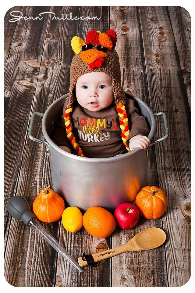 Baby dressed as turkey