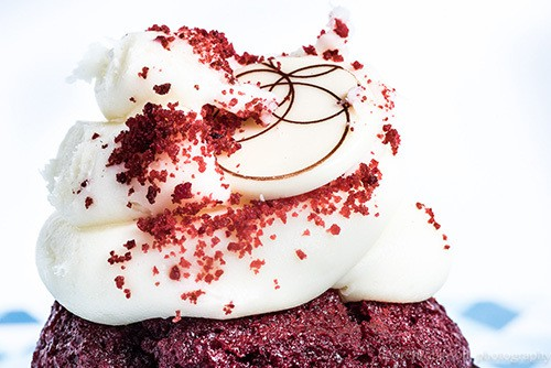 Cupcake Photo by DeOren Robinson