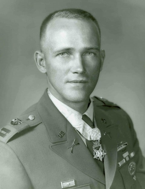US Army Capt Roger HC Donlon